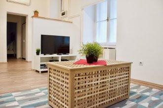 Standard Apartment by Hi5 -  Erzsébet blv 29