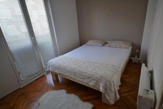 Mia & Lena Apartment