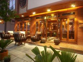 Eureka Serenity Athiri Inn