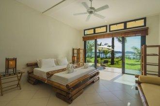 Beach Front Luxury Villa Hai Leng