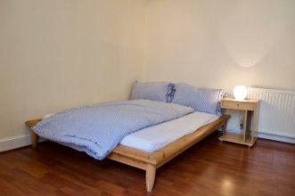 2 Bedroom Apartment In Pleasance