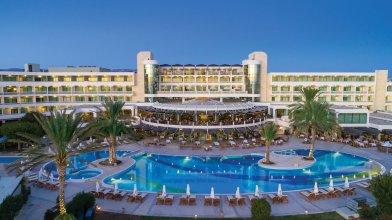 Отель Constantinou Bros Athena Beach