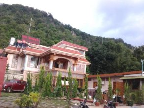 Kong Loon Motel 2