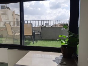 Modern Duplex 3 Bedrooms With A Terrace