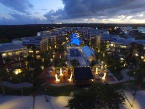 Beach Front Luxury Apartment - BlueBeach