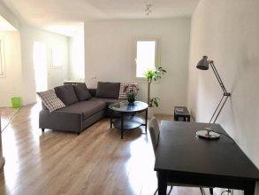 Akira Flats Marina I Apartment