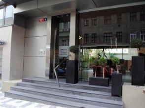 Ruterra Apartment with Garage
