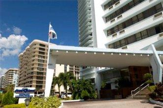 Howard Johnson Plaza North Miami Beach (Closed)