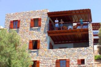 Курортный отель Arion