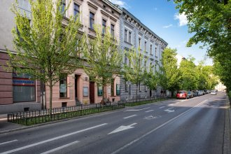 FriendHouse Apartments – Old City