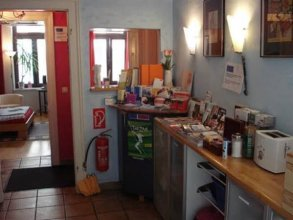 Pinkhomecologne-guesthouse