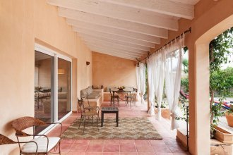 Villa With 4 Bedrooms in Llucmajor, With Wonderful sea View, Private P