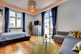 Grand Apartments - Brooklyn