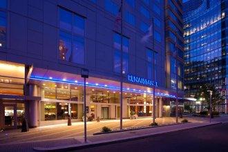 Renaissance Boston Waterfront Hotel