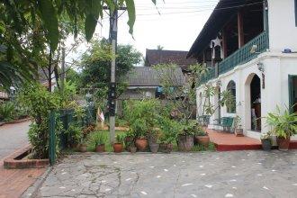 Sayo Naga Guesthouse