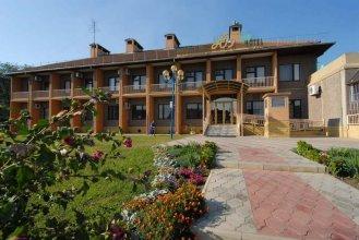 Отель Юг