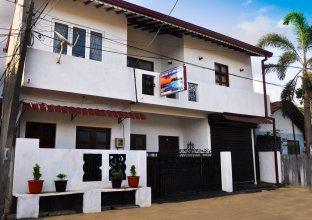 Chrish Residence Negombo