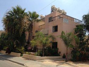 Constantaras Apartments