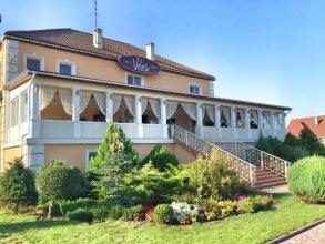 Veles Hotel & Restaurant