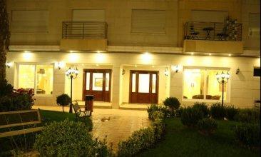 Western Gate Residence