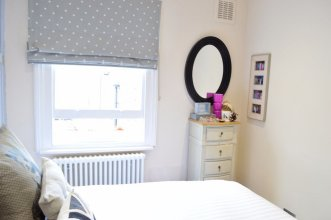 Stylish 2 Bedroom Property in Fulham