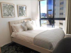 2106 Cozy Inner City Apartment
