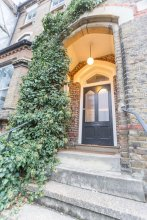 Spacious 1BR Period Apartment Hampstead