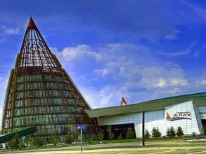 Alau Hotel