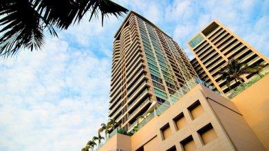 North Shore Condominium