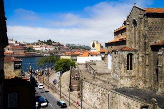 Liiiving Porto Ribeira Boutique Apartment
