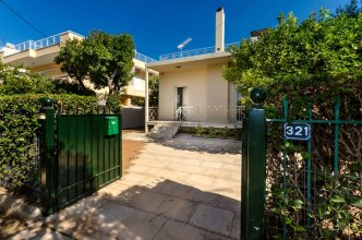 Glyfada  Aquarius Big Garden Villa