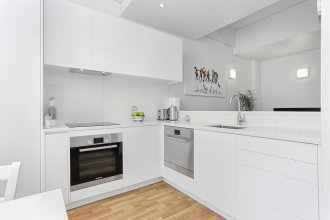 Renovated Apartment in Heart of CBD