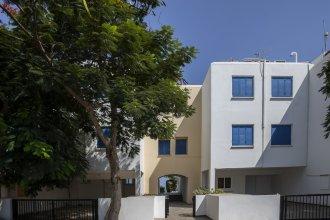 Sirina Lina Beachfront Suite