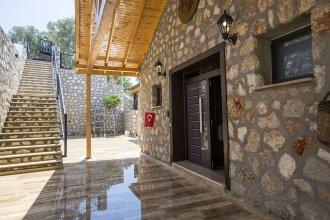 Villa Almon by Akdenizvillam