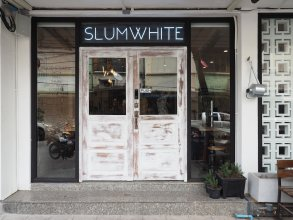 Slumwhite Hostel
