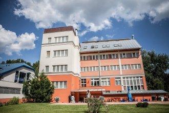 Alfa Art Hotel