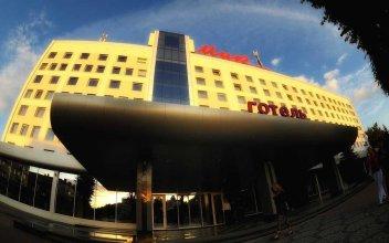 Mir Hotel In Rovno