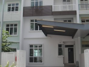 Shamrock Beach Villas Penang Seaview