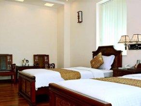 Hoa Hong Hotel - Xa Dan