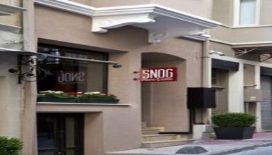 SNOG Rooms & Suites
