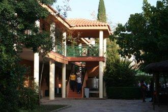 Albergue Castillo de Layos