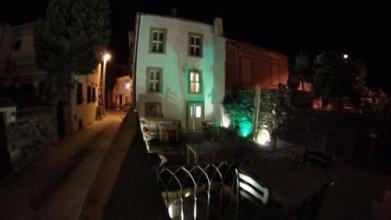 CundAda Hotel