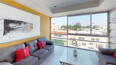 Comfortable and Trendy Apartment 2C