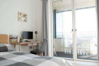Stunning 1 Bedroom Riverside Apartment
