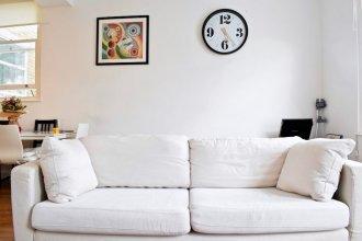 Modern 2 Bedroom Flat in Chalk Farm