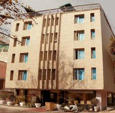 Hotel Shanti Plaza