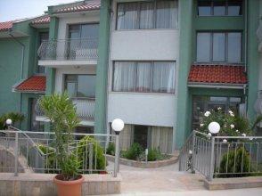 Apartments in Gardenia Complex
