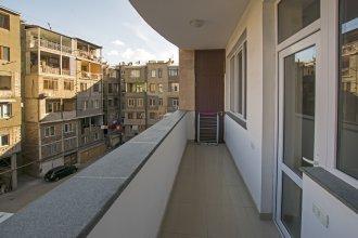 FlatsInYerevan Apartment At Aram Street