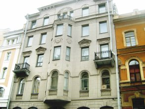 Luna Hostel