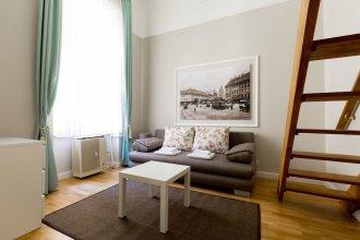 Lisianthus Apartments